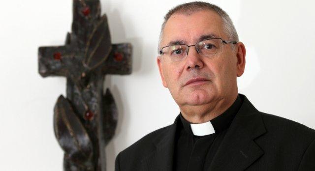 http://www.hkv.hr/images/stories/Davor-Slike/02/04/miklenic-mislim-da-milanovic-nece-mijenjati-ugovore-vatikanom-slika-611112.jpg