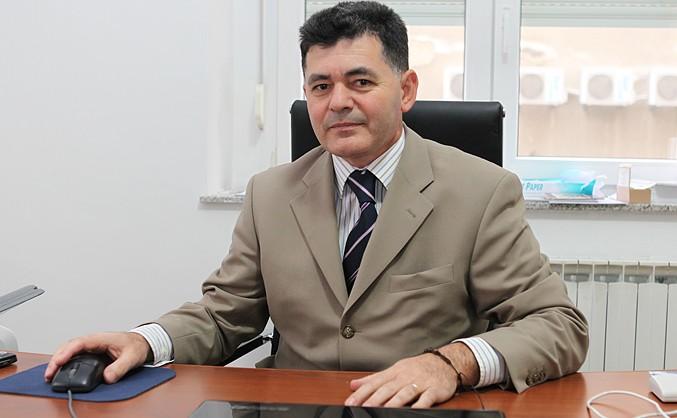 Knezović