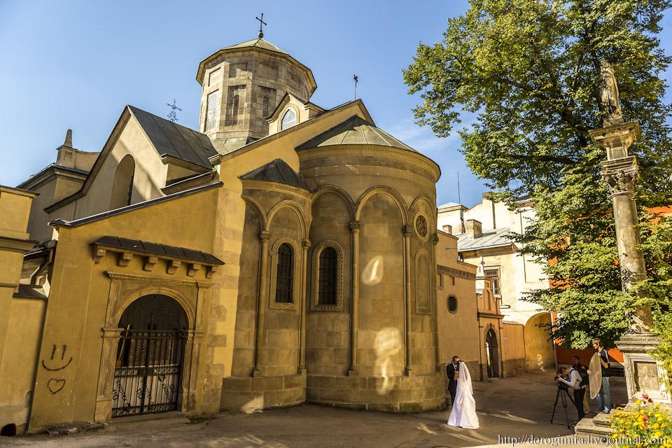 http://hrvatskifokus-2021.ga/wp-content/uploads/2016/02/Armenska_katedrala1.jpg