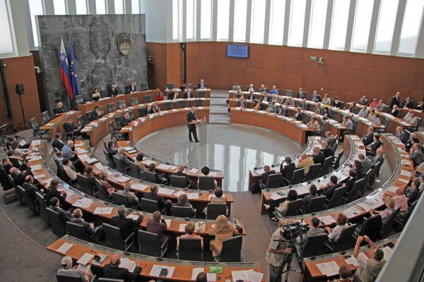 Slovenski parlament