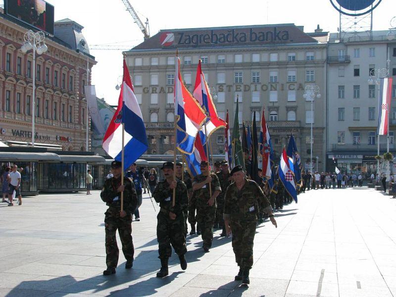 Dan pobjede u Zagrebu 2012. - mimohod branitelja