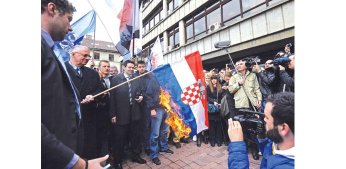 paljenje zastave