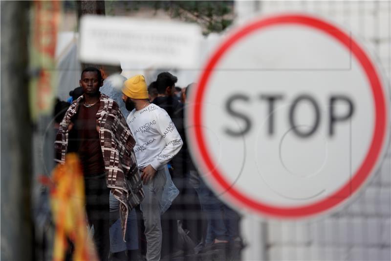 Migranti Stop
