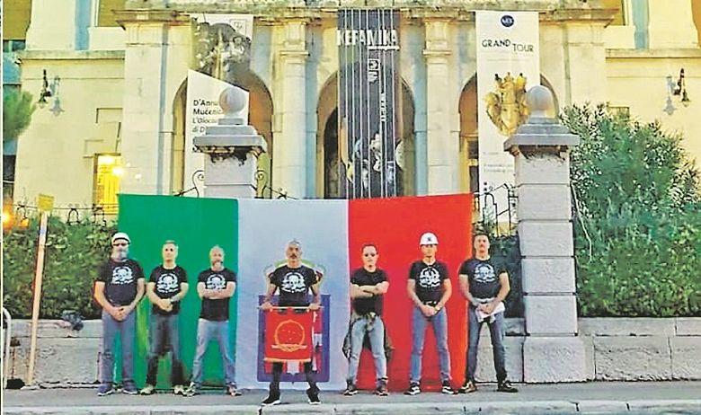 Rijeka talijanska zastava