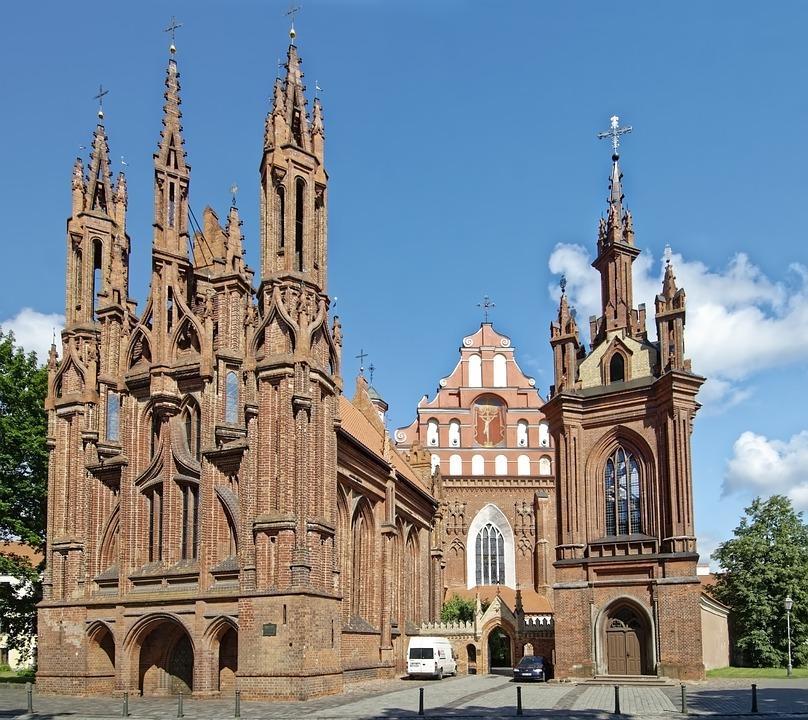 Putovi i bespuća lustracije i dekomunizacije – s posebnim osvrtom na Litvu