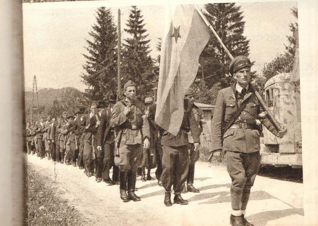 Koruski partizani pridruzuju se Jugoslavenskoj armiji